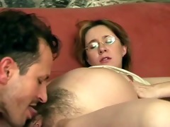 oral job pleasure for preggo cookie