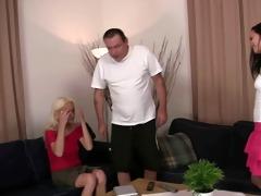 my daddy bangs my girlfriend!!