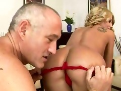 old guy fucking and licking young girl